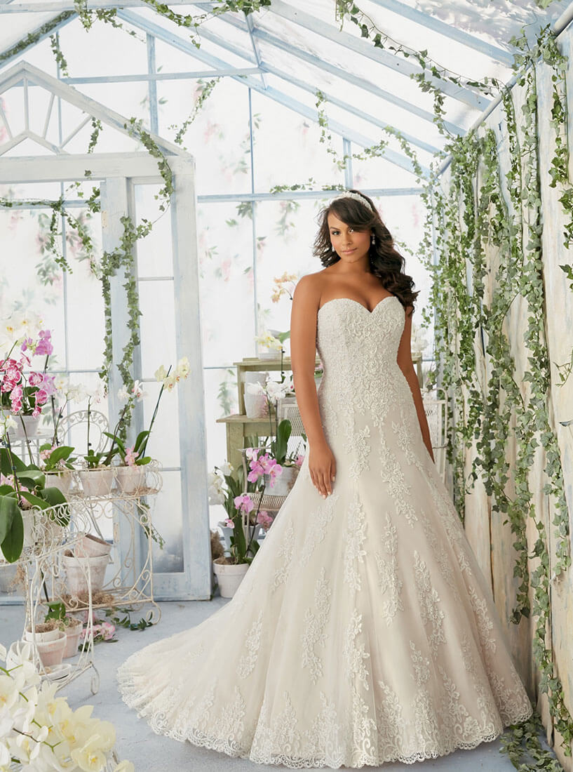 Brautkleid aus Spitze