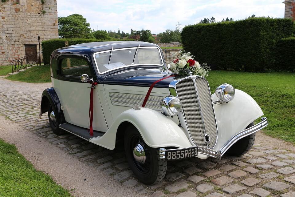 Oldtimer als Hochzeitsauto